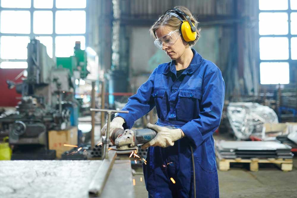 Средства индивидуальной защиты (СИЗ), используемые на производстве